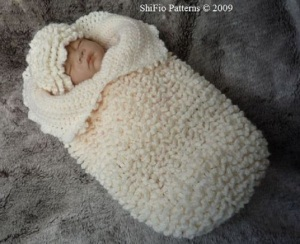 Ruffled-Cocoon-Papoose-Baby-Crochet-Pattern